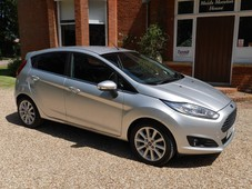 ford fiesta 1.0 ecoboost 125 titanium navigation 5dr air conditioning