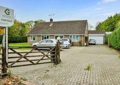 5 bed house for sale in charlwood, surrey, rh6